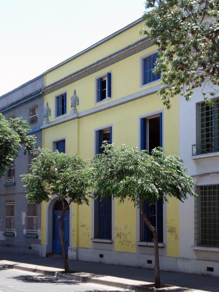 La casa amarilla Casa amarilla santiago